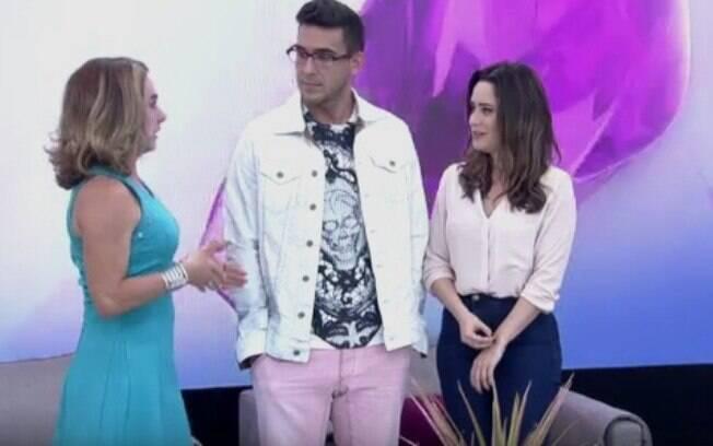 Fernanda Vasconcellos fica sem graça com André Marques ao vivo no 'Mais Você'