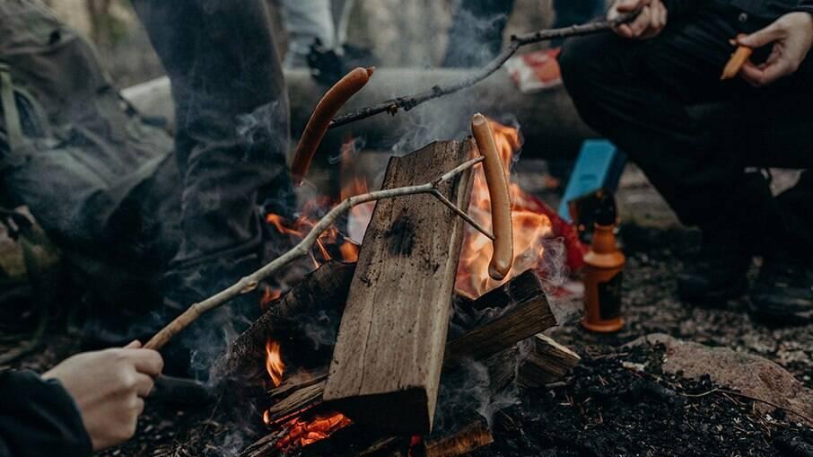 A fogueira de acampamentos ilegais podem causar incêndios em áreas protegidas