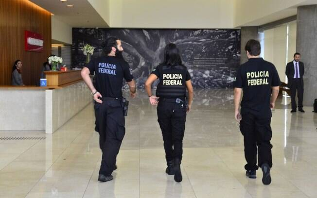 Polícia Federal em ação da Lava Jato; marqueteiro teve prisão decretada nesta segunda-feira