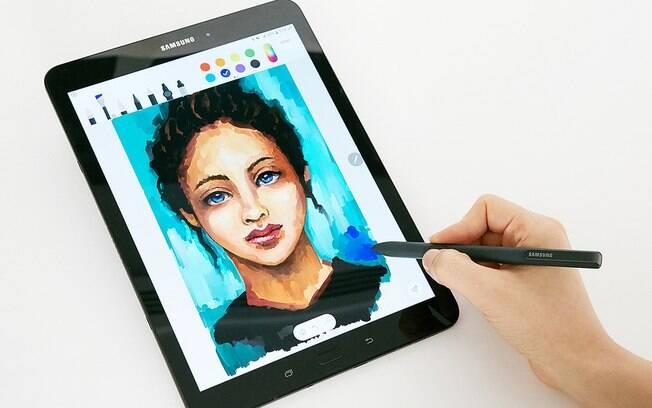 Com ponta de 0,7 mm, a caneta S Pen do Galaxy Tab S3 ajuda a aumentar a produtividade dos usuários