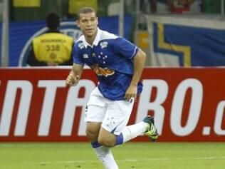 Nilton espera estar à disposição do técnico Marcelo Oliveira para enfrentar o Vitória