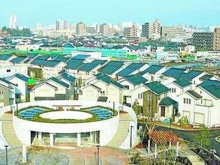 Teto solar.  Cidade planejada terá 600 casas, das quais 120 já foram vendidas