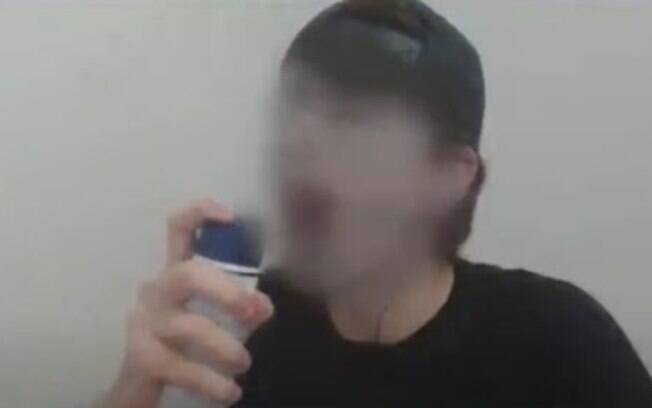 Menino de 12 anos morreu após inalar gás de desodorante, em Aracaju.