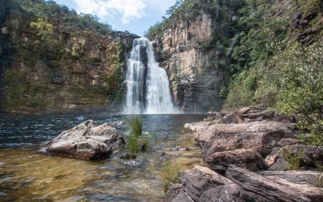 Saltos do Rio Preto, depois de uma trilha de média dificuldade, um banho para reanimar o corpo.