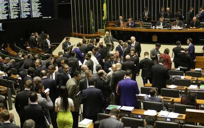 Votação foi realizada na noite desta quarta-feira na Câmara dos Deputados