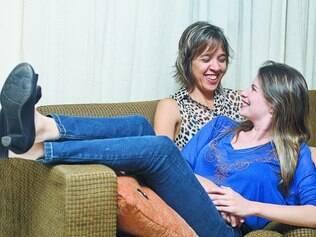 Colo de 'mãedrasta'. Após superar a resistência inicial, Larissa tem hoje uma relação de amiga com a madrasta Sônia