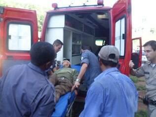 Idoso foi resgatado com desidratação e um ferimento no pé