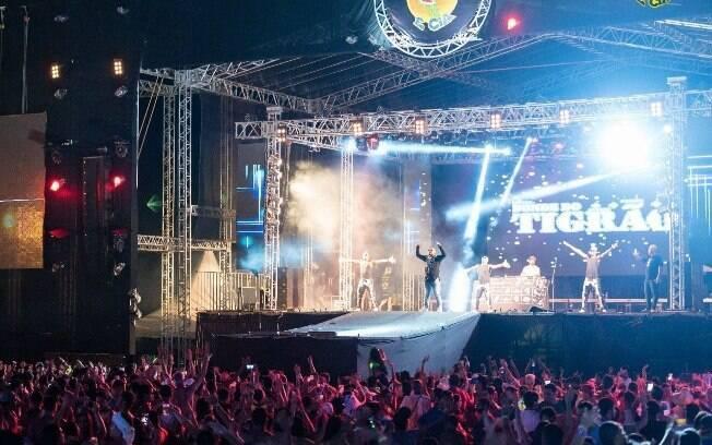 O primeiro dos blocos de Carnaval fica em Minas Gerais, e é um dos maiores eventos do tipo em todo o Brasil