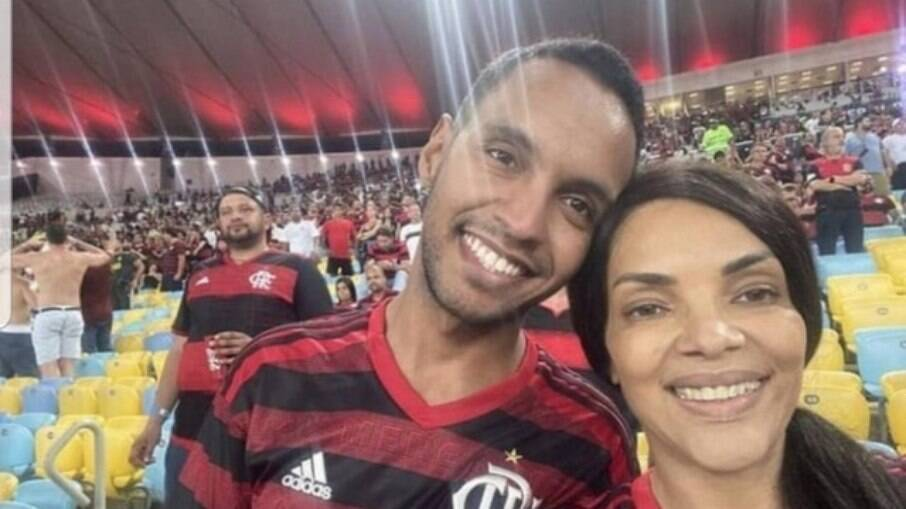 Flordelis ao lado de Adriano dos Santos Rodrigues