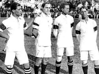 Jogo da seleção brasileira em 1914 contra o clube inglês Exeter City