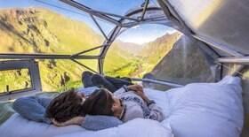 Dormir numa cabine de vidro em um penhasco custa