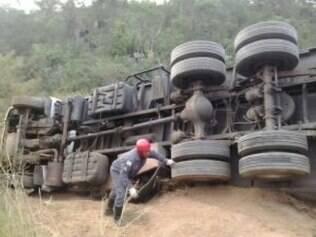 Corpo de Bombeiros informou que acidente foi provocado por um problema no freio