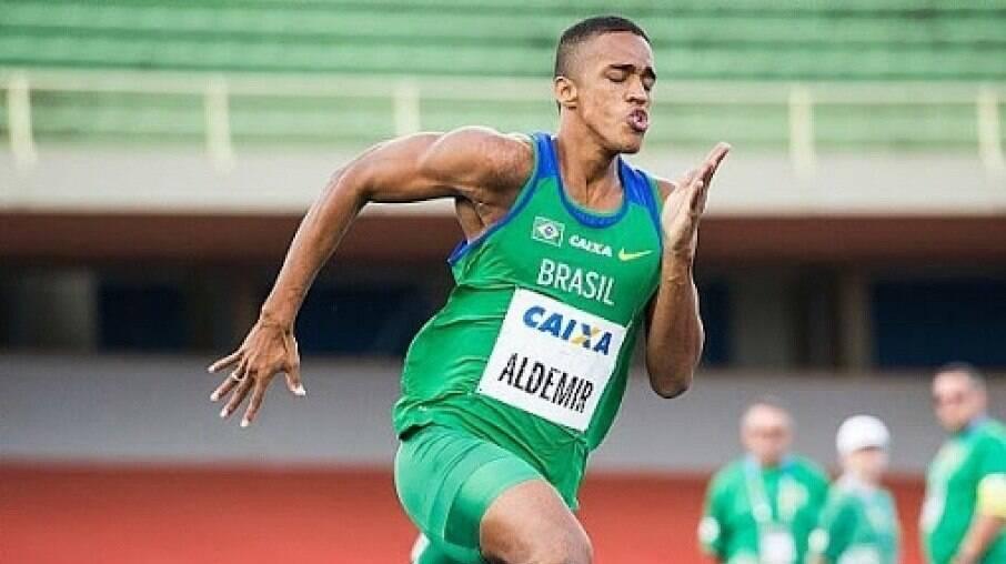 Aldemir Junior faz o seu melhor tempo na temporada nos 200m rasos
