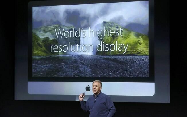 O desktop iMac ganhou tela no padrão Retina, com resolução de 5.210 x 2.880 pixels. O tamanho de 27 polegadas é o mesmo do atual iMac