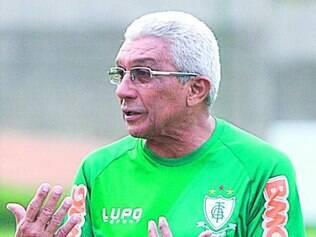 Givanildo de Oliveira ainda acredita na volta da equipe ao G-4