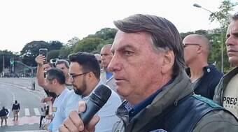 Bolsonaro critica Doria durante ato em SP