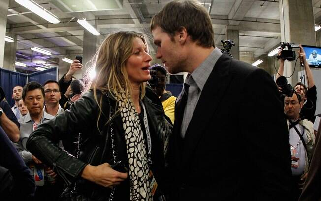 Gisele com Tom Brady após a partida do Super Bowl