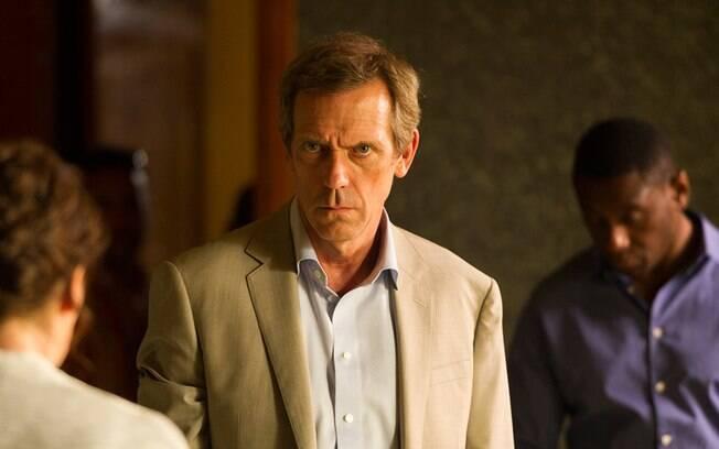 Hugh Laurie venceu o Globo de Ouro de melhor ator coadjuvante em série, minissérie ou telefilme por