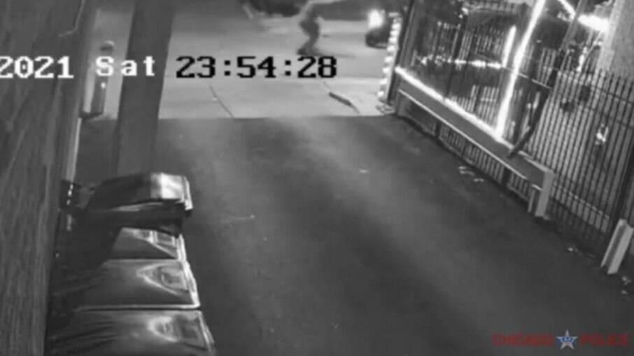 Polícia americana divulga imagens de brasileiro baleado em Chicago-EUA