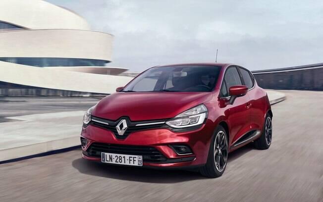 Renault Clio de nova geração traz novo design, equipamentos e mecânica. Apesar de moderno, não virá ao Brasil