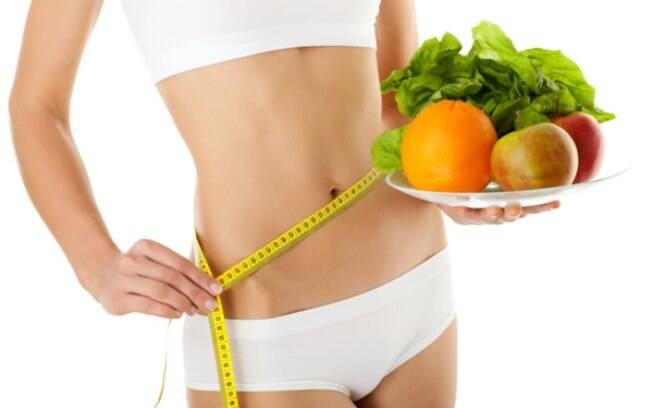 Restringir o intervalo no qual você come em um dia poderia ajudar a melhorar a saúde, segundo pesquisadores