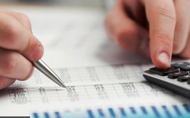 Conhecer gastos e necessidades básicas pode ajudar a evitar sustos na vida financeira