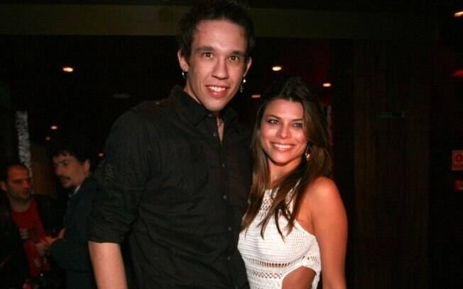 Kiko e Michele Pin começaram o namoro em 2011