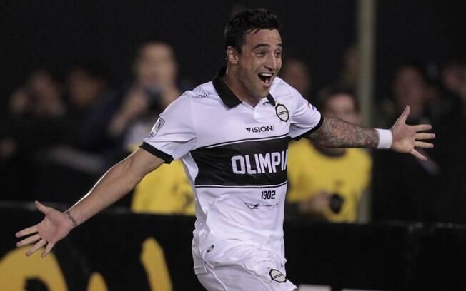 Salgueiro comemora gol do Olimpia