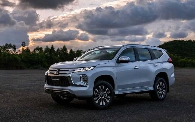 Mitsubishi Pajero Sport muda visual para reverter as críticas que recebeu no lançamento da geração vendida no Brasil