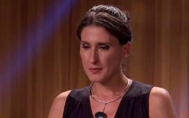 Paola já deixou as lágrimas escorrerem em diversos momentos no programa
