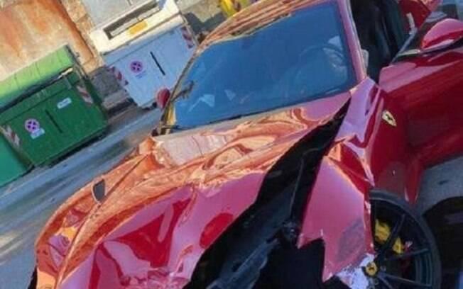 Ferrari após a batida