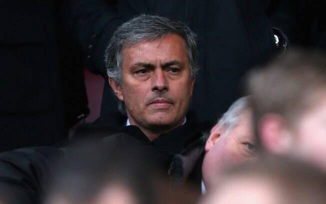 José Mourinho compareceu ao Old Trafford para  o clássico. Seu time, o Real Madrid, enfrentará o  Manchester United pela Liga dos Campeões