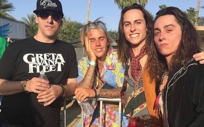 Segundo o site TMZ, o cantor Justin Bieber se envolveu em uma briga para defender uma mulher durante o festival Coachella 2018