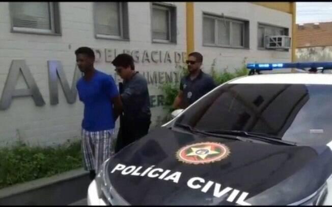 Biscateiro foi preso acusado de torturar e espancar a mulher