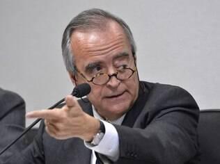 Nestor Cerveró, ex-diretor da Petrobras, foi preso depois que a PF intensificou as investigações da Operação Lava Jato