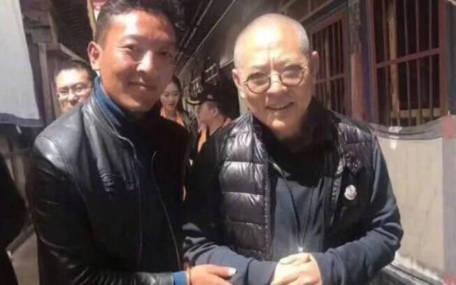 Em foto tirada por fã, ator e estrela das artes marciais, Jet Li, aparece com aparência completamente diferente e deixa seus admiradores preocupados