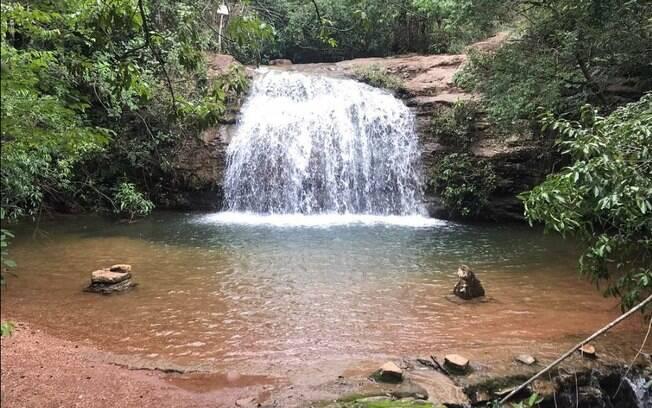 A cachoeira da cascatinha é a cachoeira de mais fácil acesso do parque estadual serra de caldas.