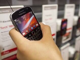 Usuários do BlackBerry tiveram problemas com e-mail e mensagens instantâneas