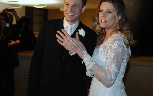 Tiago leifert se casa com daiana garbin gente ig for Muralha e sua esposa