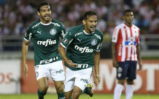 Gustavo Scarpa marcou o primeiro gol do Palmeiras nesta Libertadores