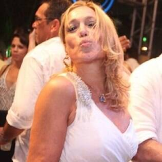 Suzana Vieira prometeu que iria causar no Twitter
