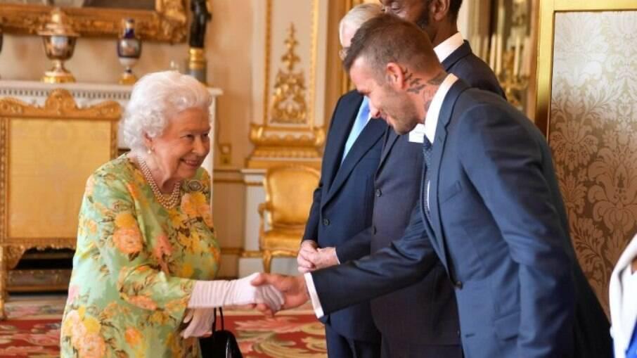Rainha Elizabeth deixou escapar para qual time de futebol torce