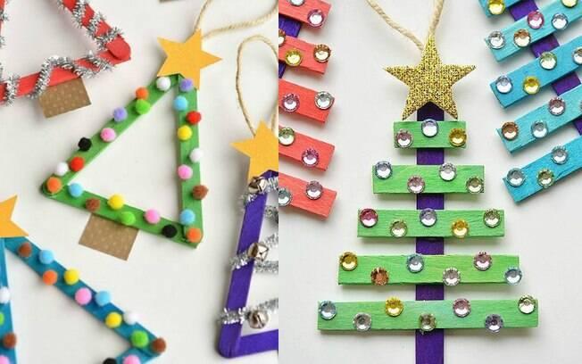 Palitos de sorvete servem de base para essas árvores de Natal super bonitinhas e simples de se fazer com as crianças
