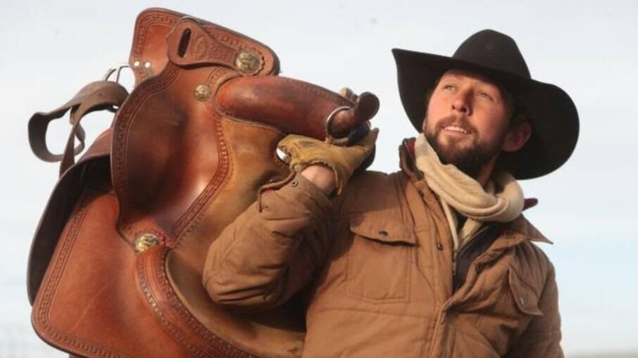 Felipe Masetti, jornalista brasileiro que cruzou as Américas a cavalo, ensina a viajar sem gastar muito