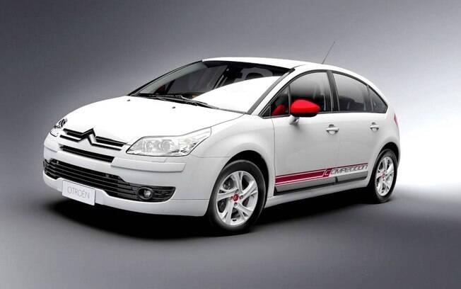 Citroën C4 Competition: rodas pintadas de branco de detalhes que lembram do Campeonato Mundial de Rali (WRC)