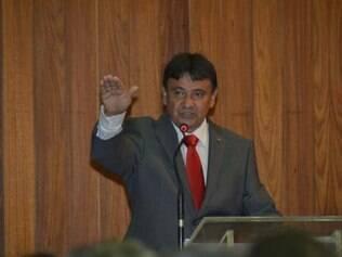 Wellignton Dias assume Governo do Piauí e diz que prioridade é o equilíbrio financeiro