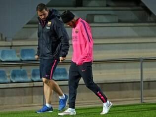 Neymar começou a reclamar das dores no tornozelo na última sexta-feira