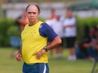ESPORTES - FUTEBOL - JUIZ DE FORA / MG - CAMPEONATO MINEIRO 2015. Jogo entre Tupi X Cruzeiro valido pelo campeonato Mineiro 2015.  FOTO: ALEX DOUGLAS / O TEMPO - 28.02.2015