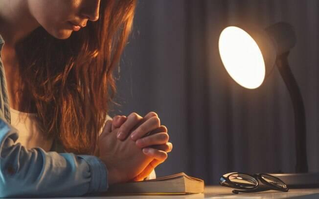 Salmos de proteo: 7 mensagens poderosas para afastar a negatividade