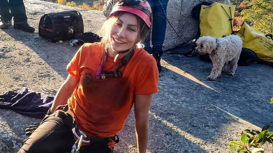 Jessica Van Ord e a cachorrinha Liza